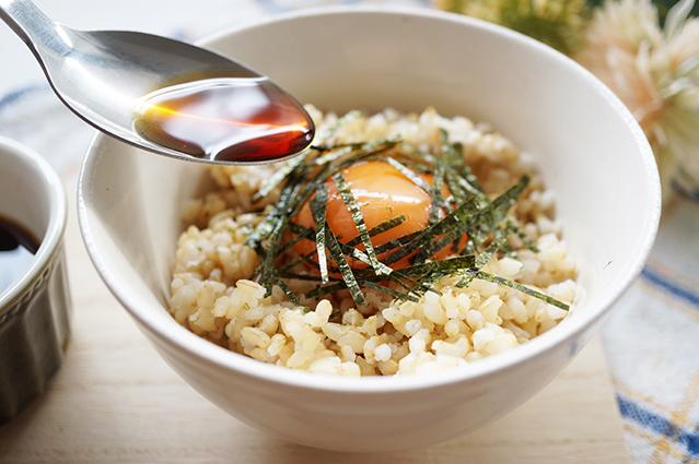 卵かけ玄米ごはん